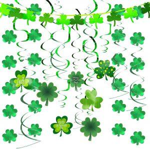 Green Shamrock Foil Strings
